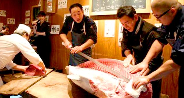 tuna-cutting